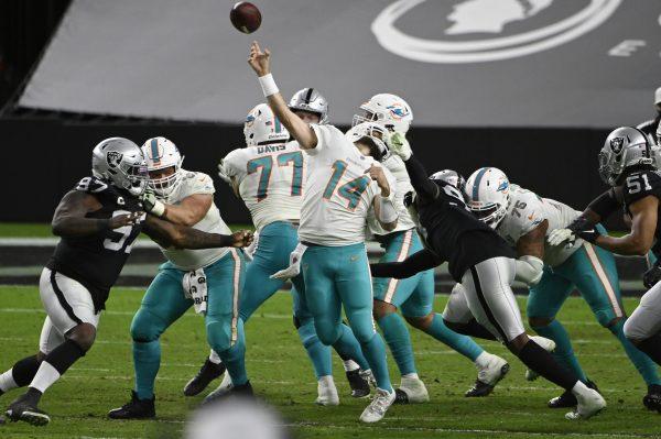 Saturday Night Football: Dolphins overleven in Las Vegas