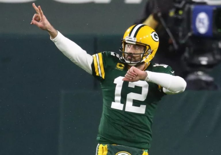 Packers en Bills op een zege van Super Bowl