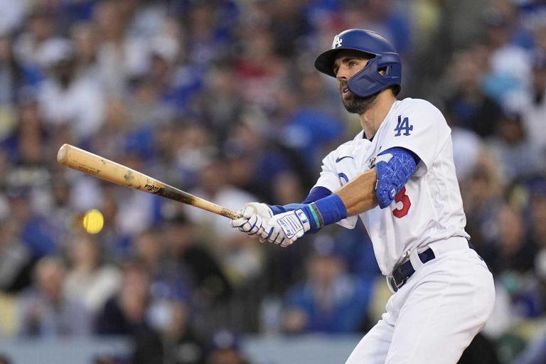 NLCS: Chris Taylor sloopt Braves en houdt Dodgers in leven